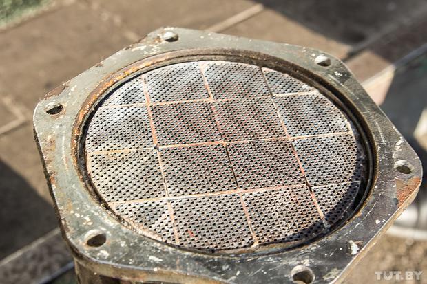 Сажевый фильтр: стоит ли удалять и как правильно вырезать.