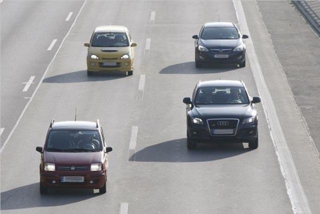 Дистанция между машинами по ПДД в метрах, штраф
