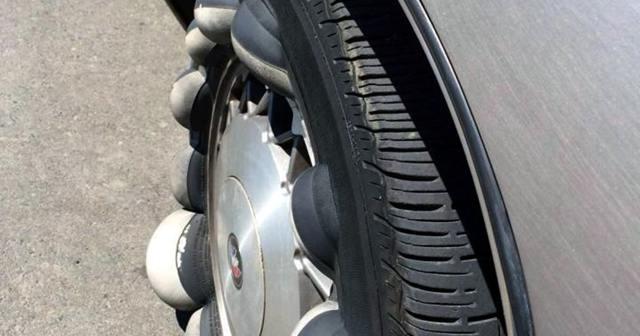 Грыжа на колесе: можно ли ездить, что делать, как убрать