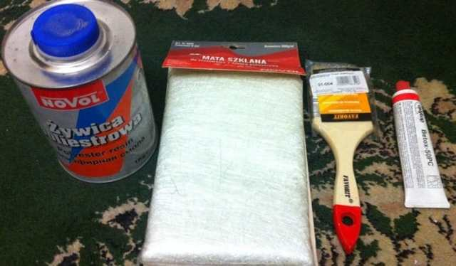 Ремонт бампера своими руками: сеткой, паяльником, стекловолокном.