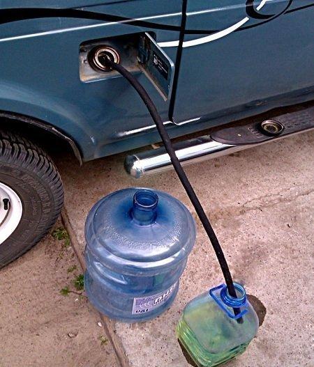 Вода в бензобаке: как удалить, признаки, симптомы