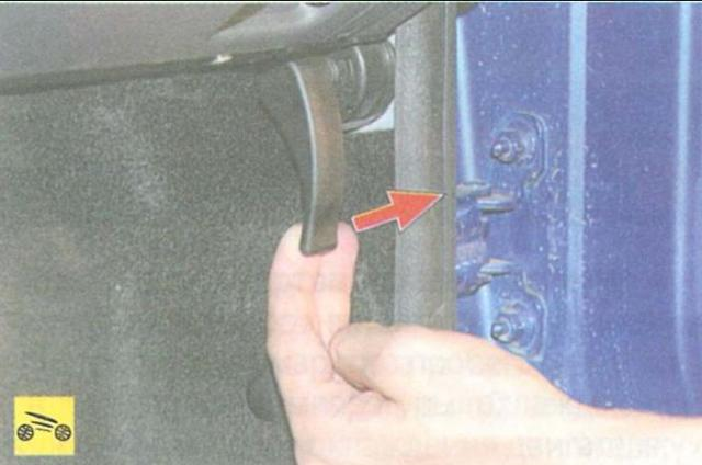 Как открыть капот, если порвался тросик: видео, ВАЗ, Рено, Хендай