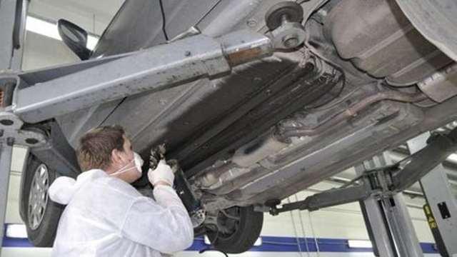 Жидкая шумоизоляция автомобиля своими руками (арок, днища)