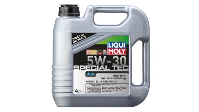 Рейтинг моторных масел, какое масло лучше заливать в двигатель