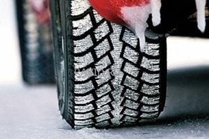Разные колеса на разных осях: чем чревата разность резины