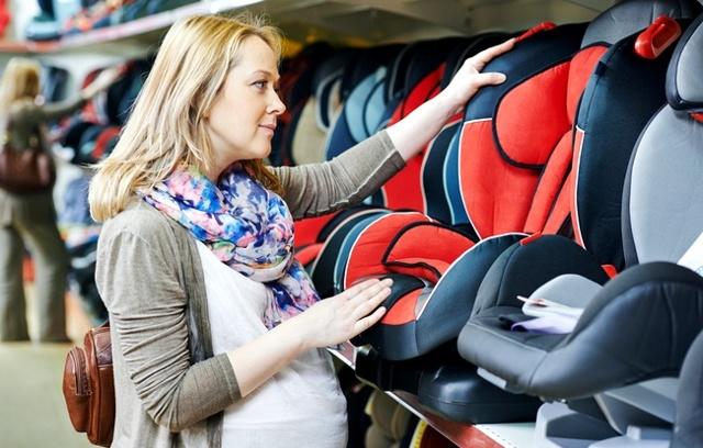 Перевозка новорожденных в автомобиле. Выбор люльки, кресла для перевозки детей в легковых авто по правилам; ПДД