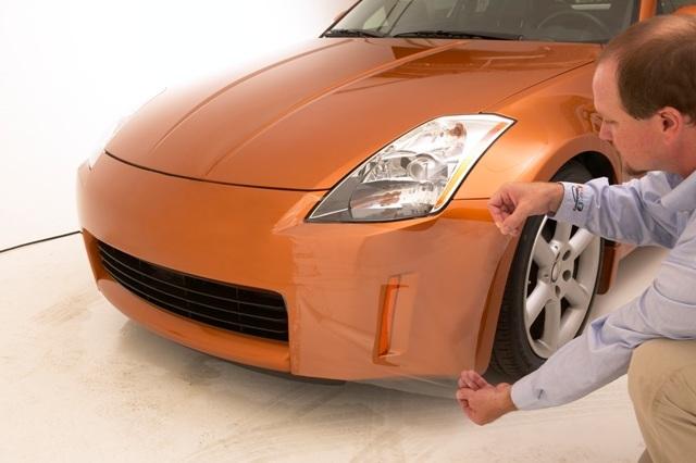 Бронирование автомобиля защитной пленкой, оклейка антигравийной