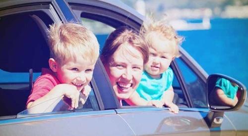 Материнский капитал на покупку автомобиля − как работает закон?