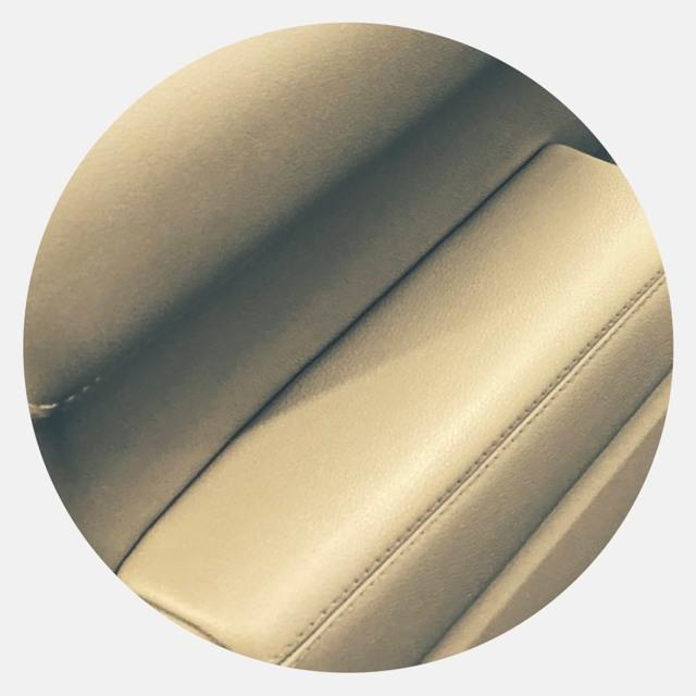 Перетяжка дверных карт своими руками, замена обшивки на дверях авто