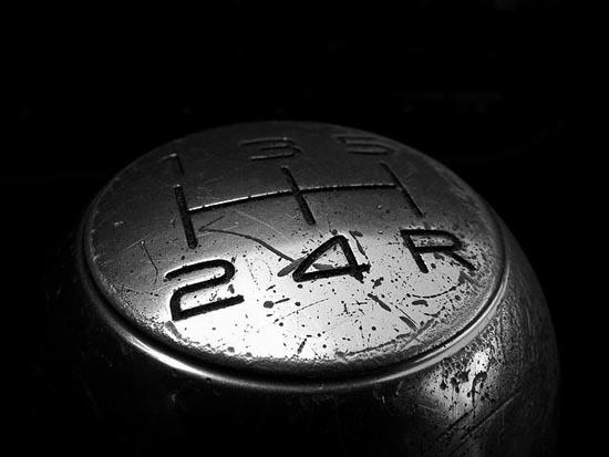 Неисправности МКПП: признаки, причины и способы их устранения. Что делать, если механическая коробка передач шумит, воет, выбивает скорость