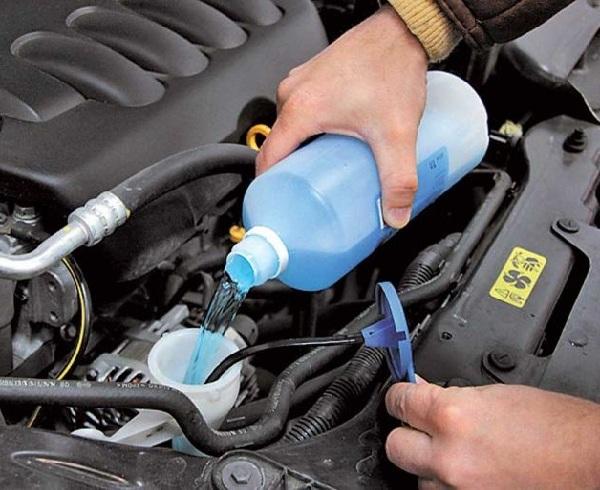 Как разморозить бачок омывателя, разморозить воду в автомобиле